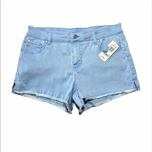 Celebrity Pink NWT Women Blue Frayed Shorts 13/31